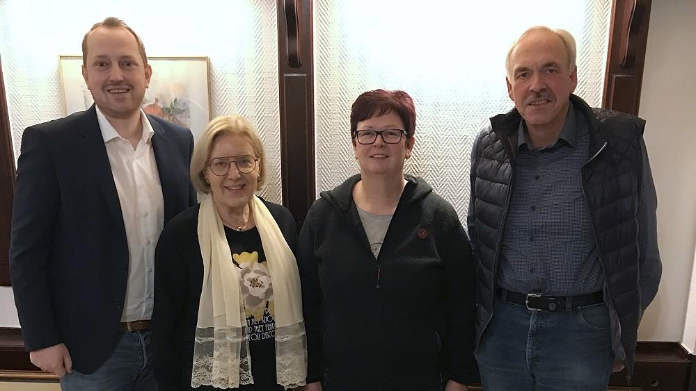 Das Team der SPD Lindlar für die Kreistagswahl 2020 – Ursula Mahler und Lutz Freiberg einstimmig nominiert
